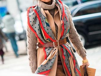 Как завязывать шарф на пальто: советы модницам